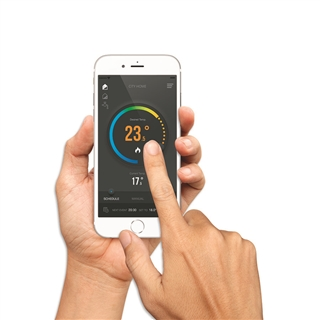 Salus Internet Connected Thermostat iT500