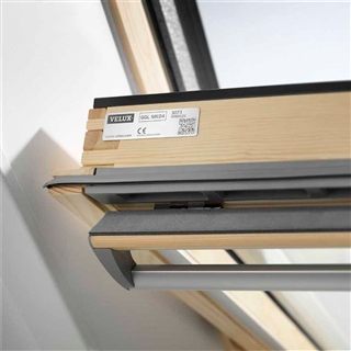 Velux 660mm x 1180mm pine finish centre pivot roof window - Velux ggl 4 ...