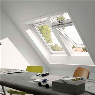 VELUX 1140mm x 1180mm White Poly Finish Centre Pivot Roof Window --66 Pane  GGU SK06 0066