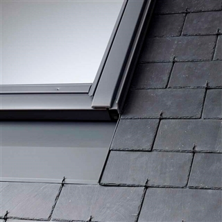 VELUX 550mm x 1180mm Recessed Single Window Slate Flashing with Insulation & Underfelt Collars  EDN CK06 2000