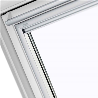 VELUX 660mm x 1180mm White Poly Finish Top Hung Roof Window --60 Pane  GPU FK06 0060R