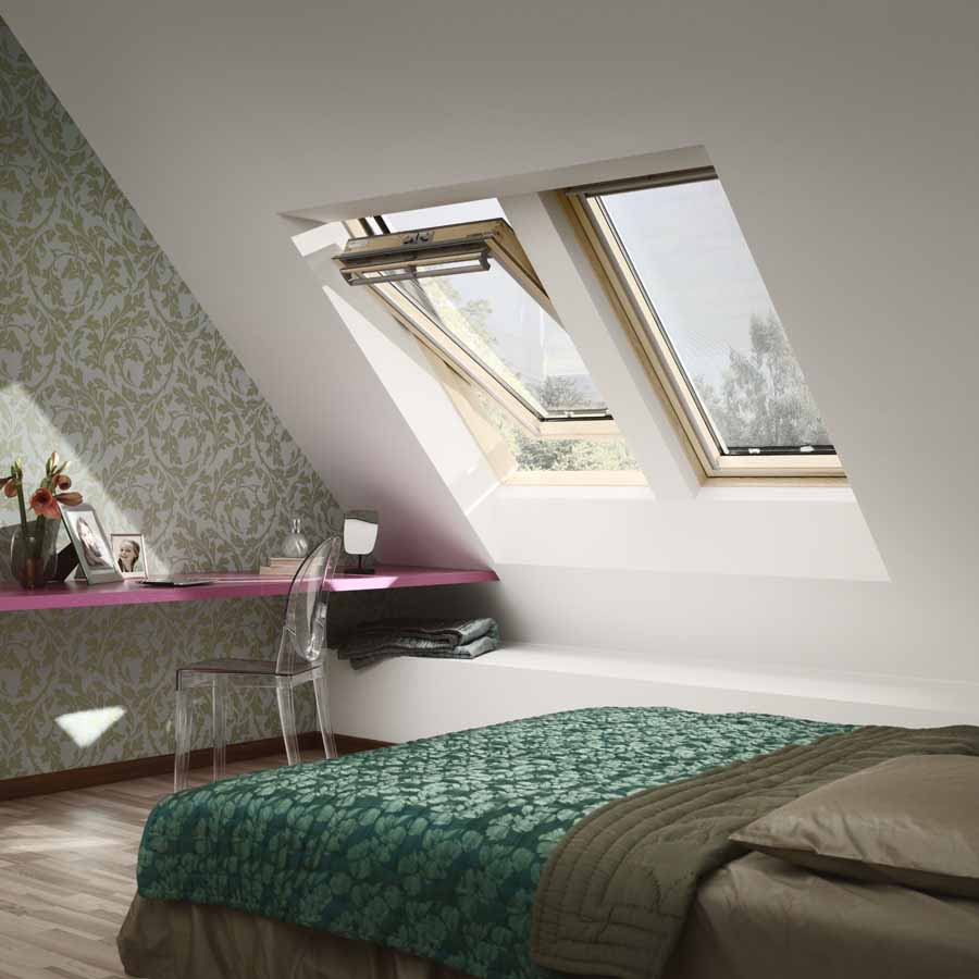 store velux uk04 velux mm x mm pine finish centre pivot roof window pane ggl uk with store. Black Bedroom Furniture Sets. Home Design Ideas