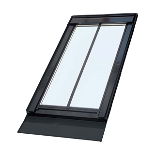 VELUX 660mm x 1180mm Conservation Pine Finish Centre Pivot Roof Window with Flashing  GGL FK06 SD5N1