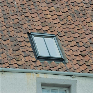 VELUX 660mm x 1180mm Conservation Pine Finish Centre Pivot Roof Window with Recessed Tile Flashing  GGL FK06 SD5J1