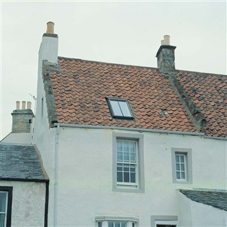 VELUX 780mm x 1400mm Conservation Pine Finish Top Hung Roof Window with Plain Tile Flashing  GPL MK08 SD5P1