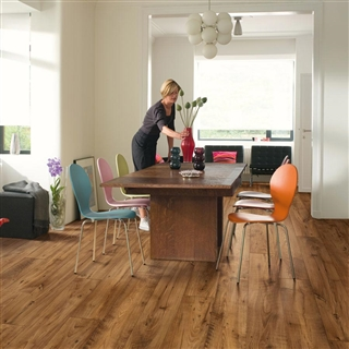 Quick-Step Perspective 4-Way Wide Reclaimed Chestnut Antiqe 1.573m²