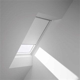 VELUX 550mm x 980mm Blackout Blind White  DKL CK04 1025S