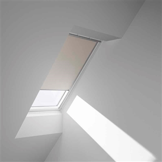 VELUX 1340mm x 980mm Blackout Blind Beige  DKL UK04 1085S