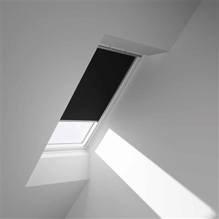 VELUX 1340mm x 1400mm Blackout Blind Black  DKL UK08 3009S