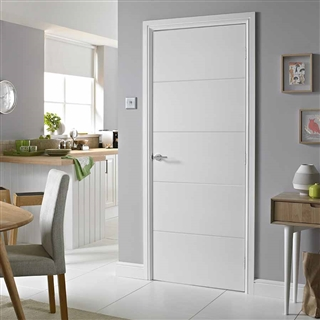 Horizontal 4 Line Premium Moulded Door 1981mm x 686mm x 35mm FSC