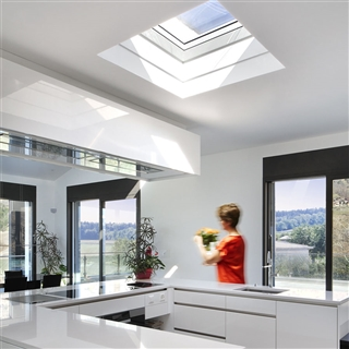 VELUX 1500mm x 1500mm Integra Electric Clear Polycarbonate Flat Roof Window without Ventilation  CVP 150150 S06G