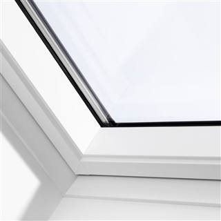 VELUX 550mm x 780mm White Painted Finish Centre Pivot Roof Window --66 Pane  GGL CK02 2066
