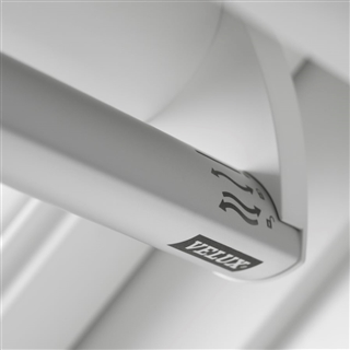 VELUX 1140mm x 1180mm White Painted Finish Centre Pivot Roof Window --66 Pane  GGL SK06 2066